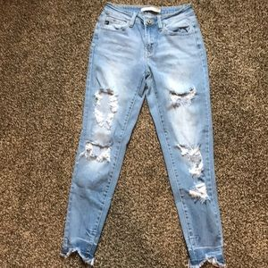 kan can distressed light wash jeans